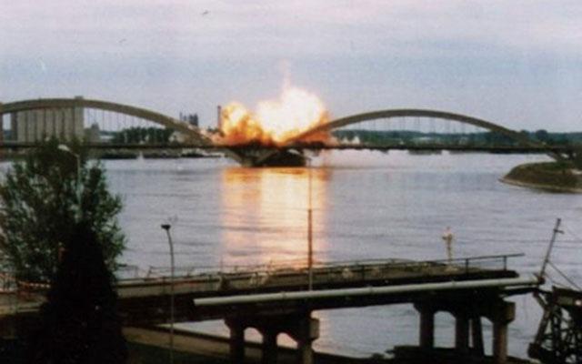 A régi Žeželj-híd Újvidéken